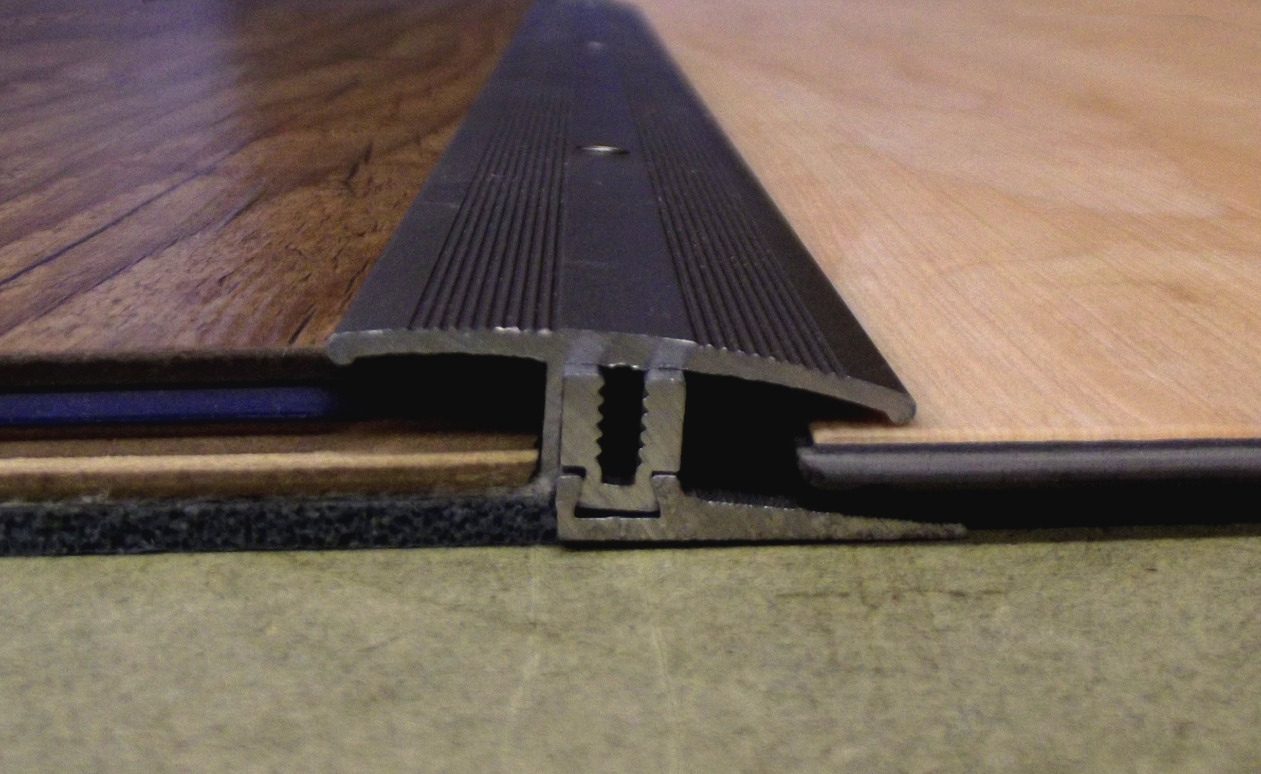 laminat parkett u kork profi schraub profil titan edelstahl von 7 17 mm ebay. Black Bedroom Furniture Sets. Home Design Ideas
